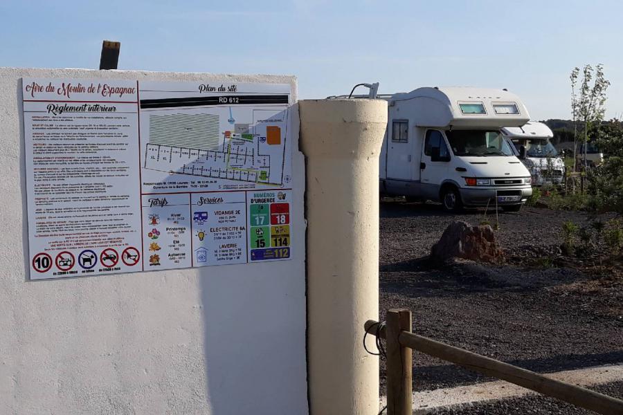 Photo Réglement intérieur aire camping-car vias Moulin Espagnac
